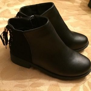 Other - girls black ankle boots
